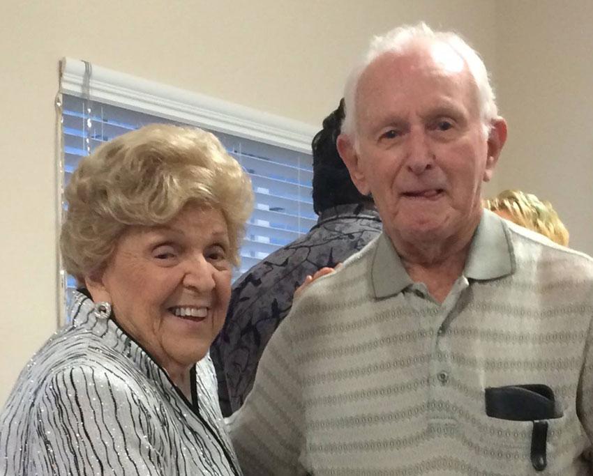 couple-mansions-senior-living