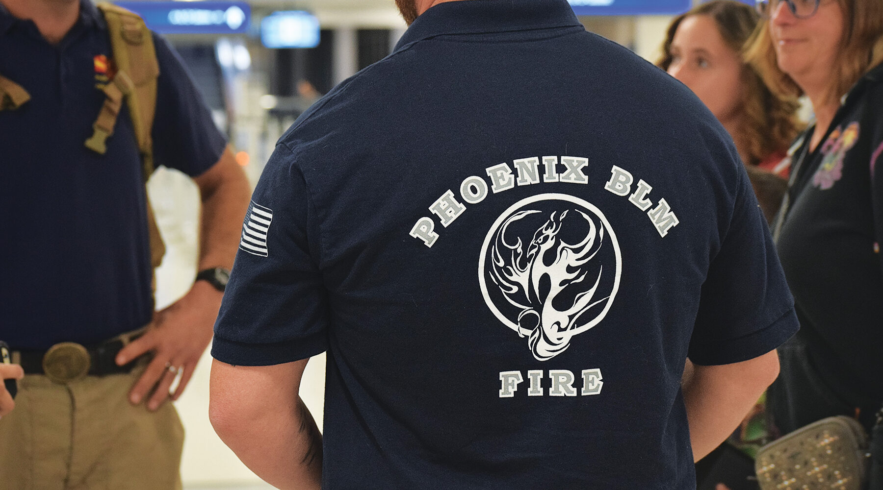 Az Firefighters Aid In Australian Bushfires Mesacc Legend