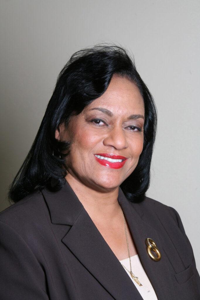Sheila Wade Kneeshaw, Michigan 4-H Foundation president
