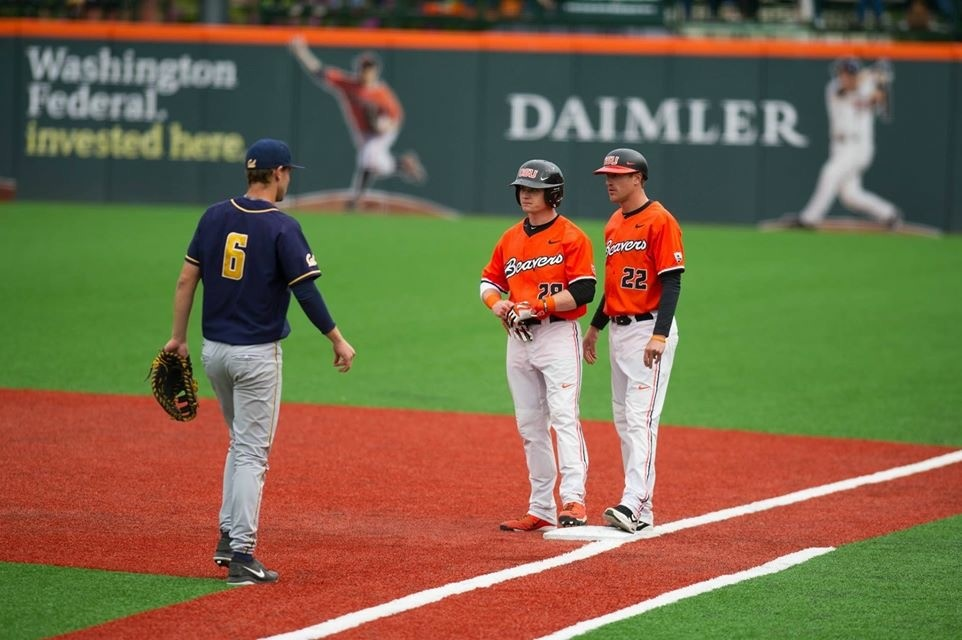 Kyle Nobach on First Base Talks with Coach Tyler Graham