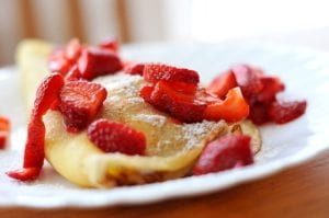 Crepes with strawberries Nutraphoria