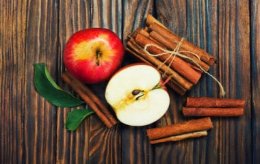 Apple with Cinnamon Nutraphoria