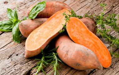 Lentil and Sweet Potato Soup Nutraphoria