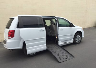 2015 Dodge Grand Caravan Handicap Van-B