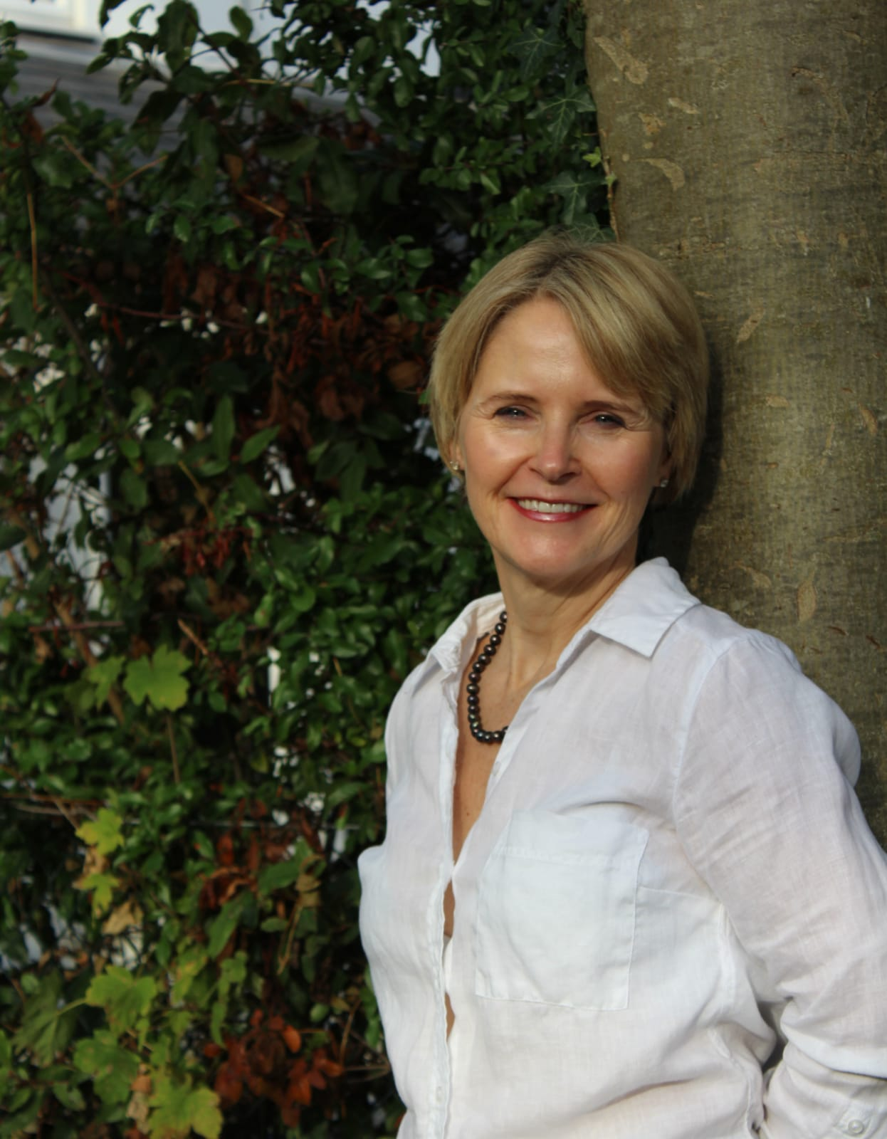 Ep 114: Embracing change with Lorraine the healer
