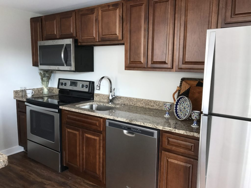 The Livery Apartments - Kitchen