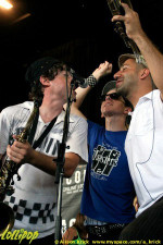 Big D and the Kids Table - Warped Tour Milwaukee, WI July 2007 | Photos by Alison Krick
