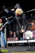 GBH - Warped Tour Ventura, CA June 2010 | Photos by Raymond Ahner