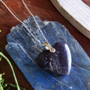 corazon iolita piedra sol