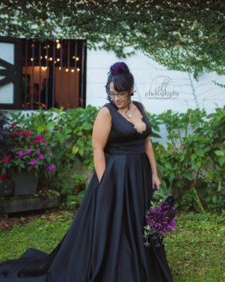 Beautiful venue and gorgeous couple 🖤 . . . . .  #paganwedding #centralfloridawedding #fallwedding #octoberweddinginspo #blackweddingdress #converse #converseweddingshoes #centralflorida #floridaweddingphotographer ⠀⠀⠀⠀⠀⠀⠀⠀⠀ @marrymetampabay @southernbirdemagazine @fl.weddings @floridabridemagazine @ruffledblog @bridalguide @marrymetampabay @obbweddings @SHE_SAIDYES @IsaidyesFL @martha_weddings @tacariweddings @layersofluxe @honeysucklebrides @somethingblue.wed @aisle.trends @junebugweddings @howtheyasked