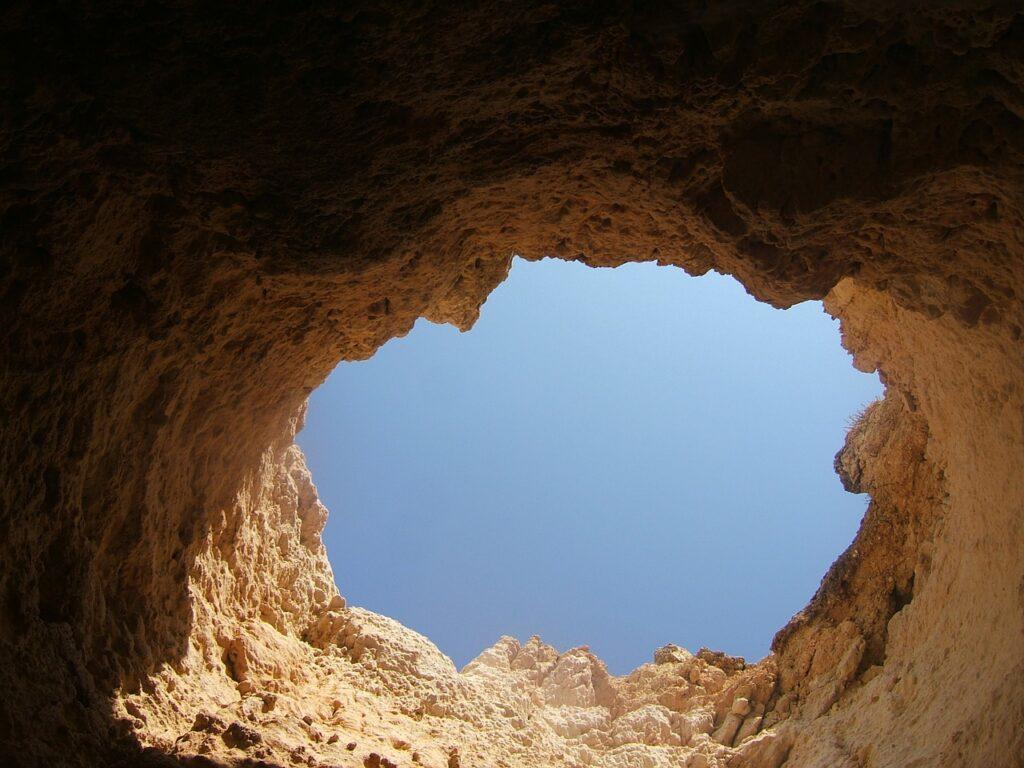rock-hole-sky