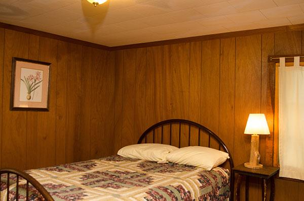 cabin-14-bedroom-1