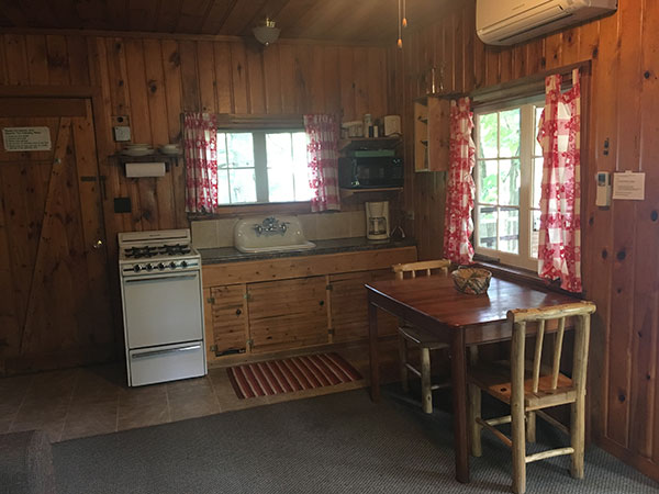 cabin-16-kitchen