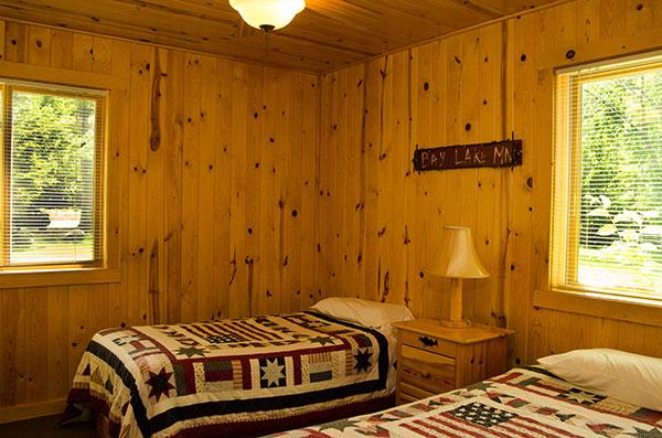 cabin-18-bedroom-2