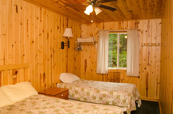 cabin-3-bedroom-2