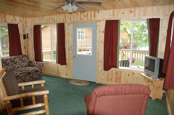 cabin-3-living-room3