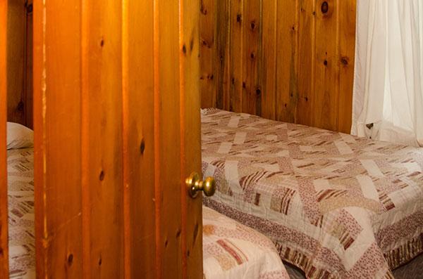 cabin-6-bedroom-2a