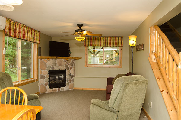 cabin-9-living-room
