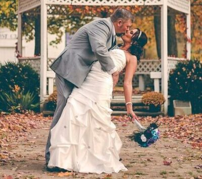Wedding Couple having their first dance outside at Newfields Indianapolis