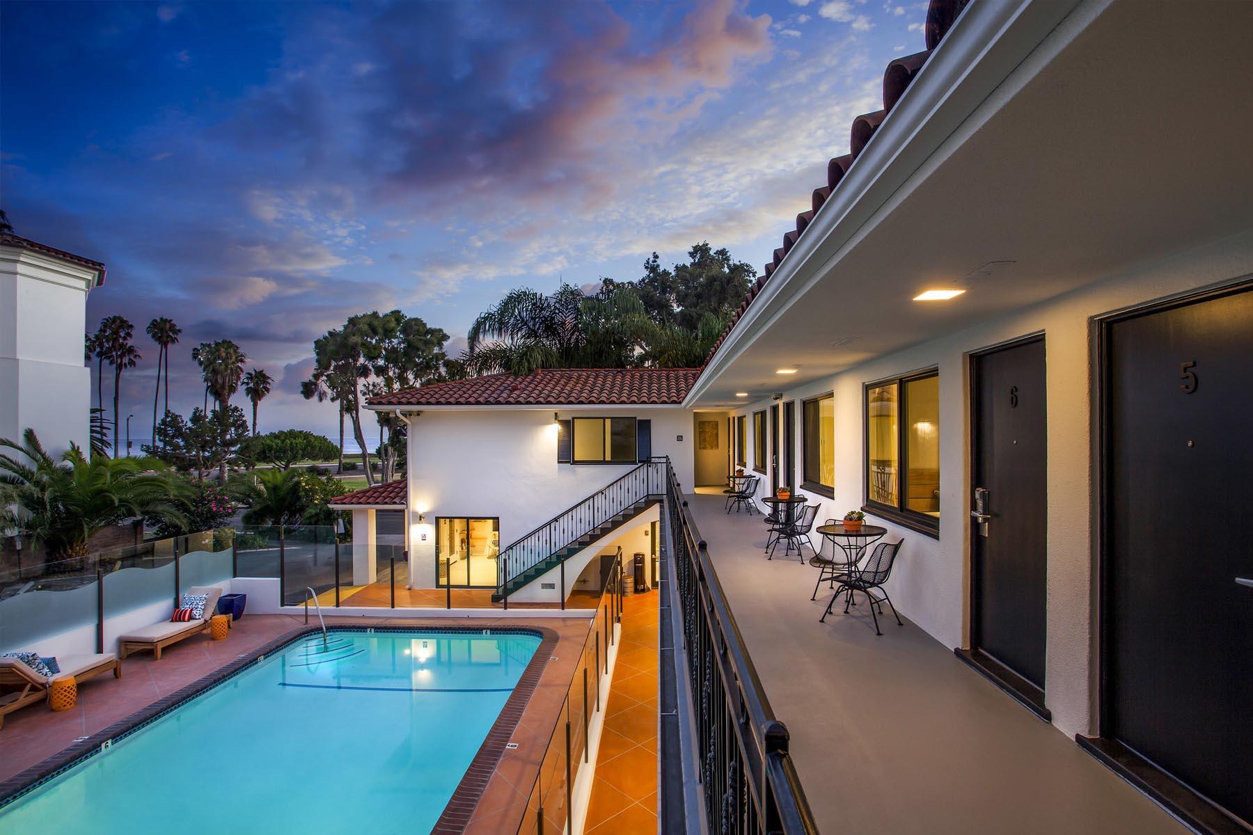 Blue Sands inn pool