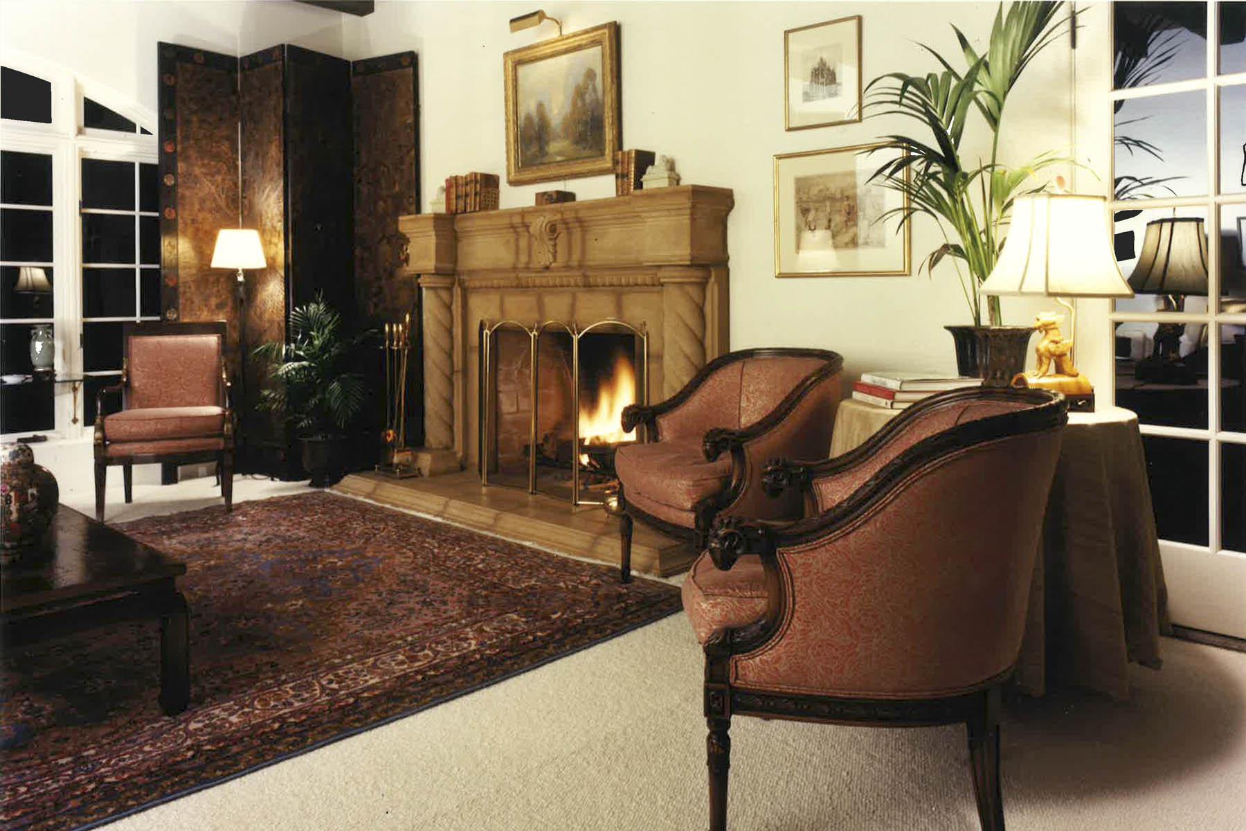 Spieler Design Fireplace
