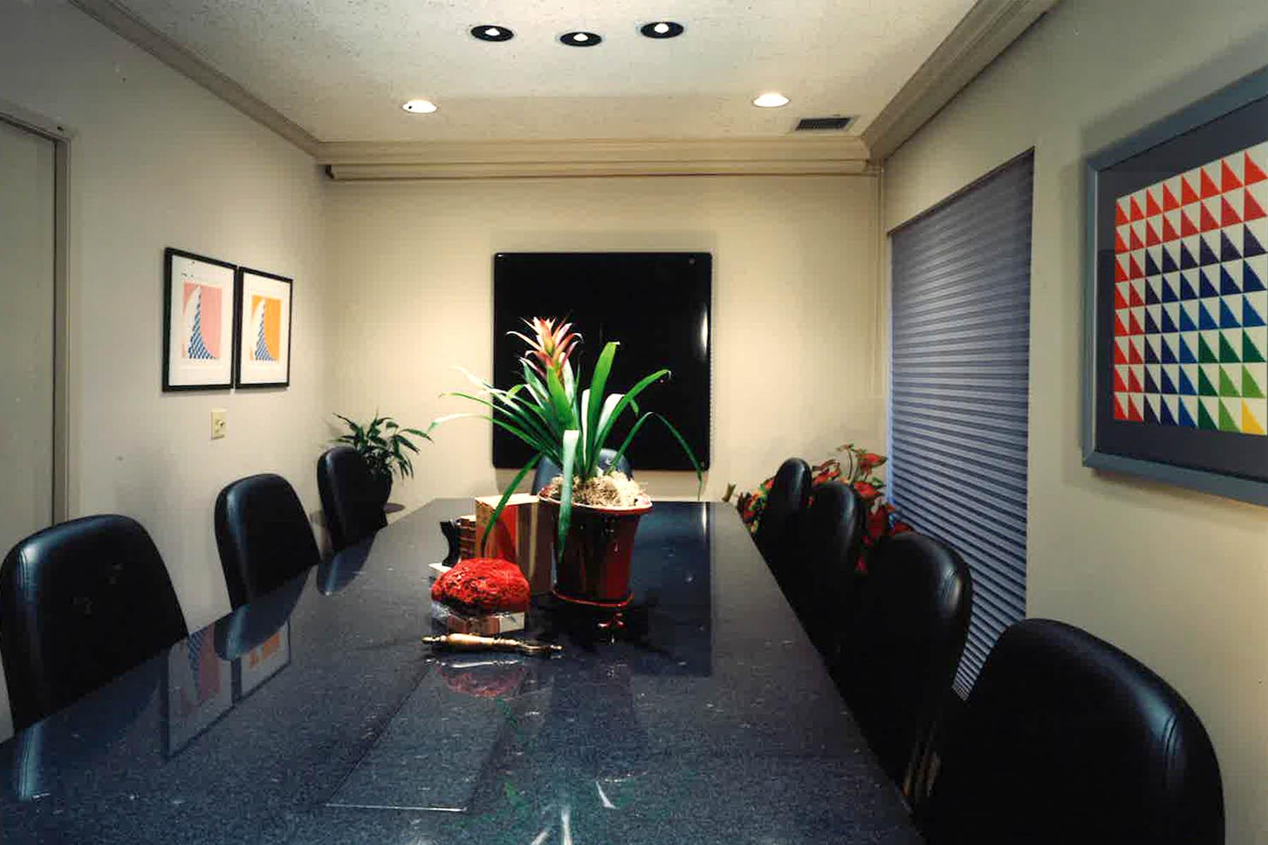 Spieler Design Orthodontist Confernce Room