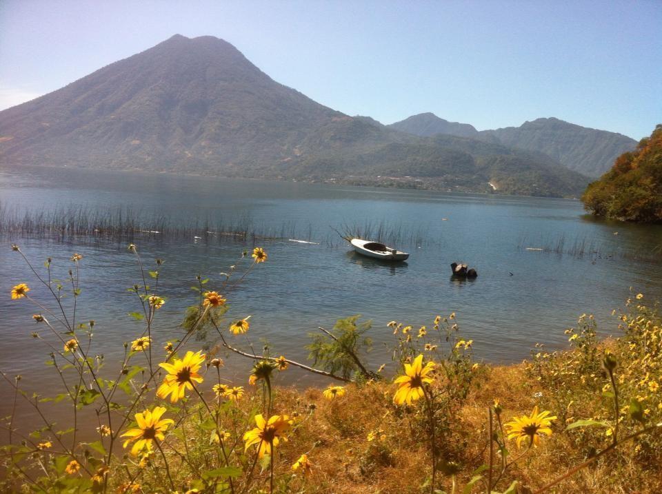 Guatemala - Lake Atlikan