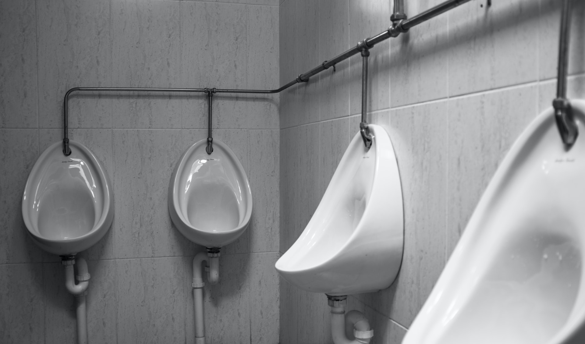 urinal water sure is deep