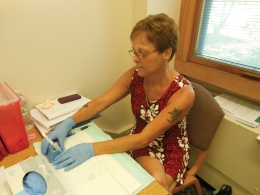 Clinic offers free HIV testing