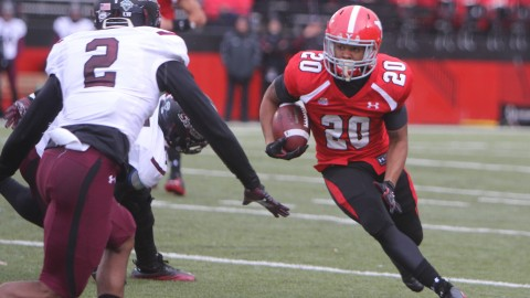 Youngstown State's Jody Webb (20) picks up a first down during the first half of Saturday afternoons match-up against Southern Illinois at Stambaugh Stadium.  Photo by Dustin Livesay  |  The Jambar