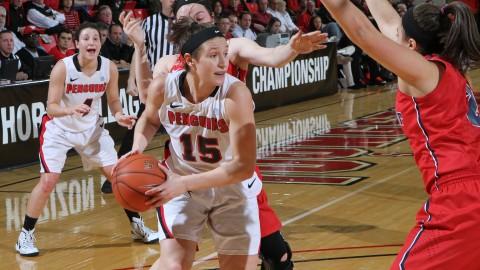 Senior forward Heidi Schlegel (15) scored 22 points and eight rebounds against the Titans on Wednesday.