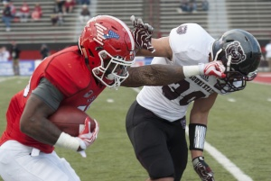Running back Martin Ruiz became the seventh player in Youngstown State University history to run for over 3,000 career yards.