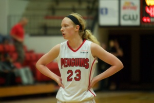 Youngstown State University forward Sarah Cash records her third double-double of the season after scoring 18 points and grabbing 11 rebounds against Northern Kentucky University.