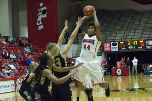 Youngstown State University's Janae Jackson (44) pulls up for a jump shot during YSU's 67-63 win over Oakland University.