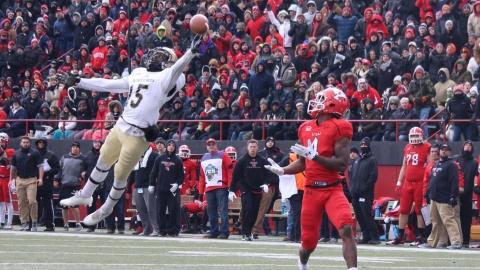 Youngstown State University receiver Damoun Patterson (4) runs under a deep touchdown pass.