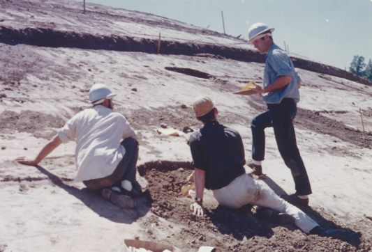 Archaeologists at the San Ramon Creek site in Alamo, 1962, photograph from Betty Dunlap