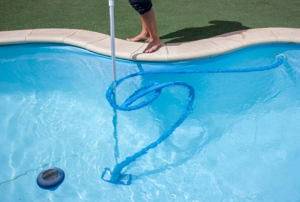 5 star Pool Cleaning