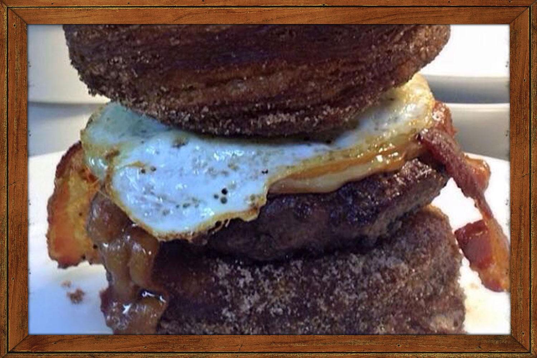 Cronie Burger - Angus burger, egg, bacon, gouda cheese, between 2 french doughnuts