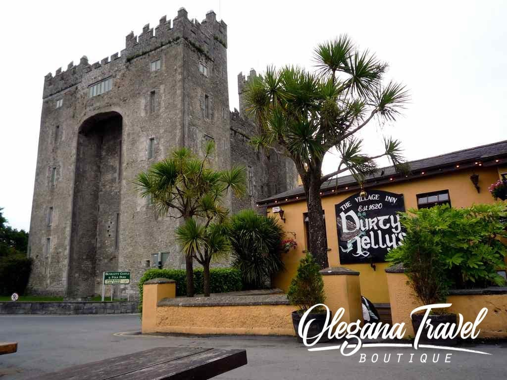 why ireland should be on your bucket list - Durty Nellies, The Oldest Pub and Restaurant In Ireland
