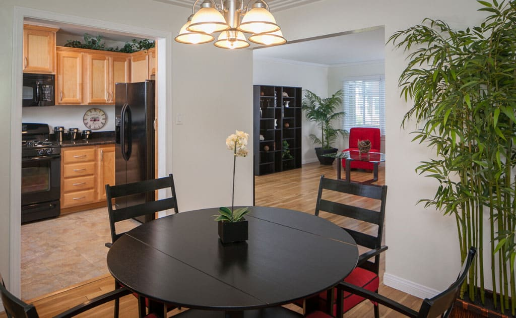 Dining room, kitchen, and living room of Somerset Apartments