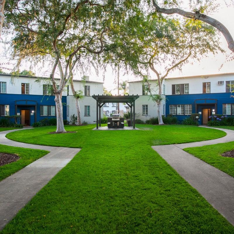apartment community courtyard