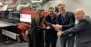 Eco Signs Boosts Sustainability and Productivity withEFI's New VUTEk 32h Superwide-Format Printer