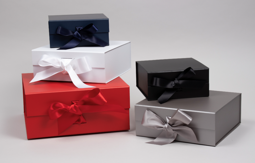Ribbon tied magnetic lid gift boxes