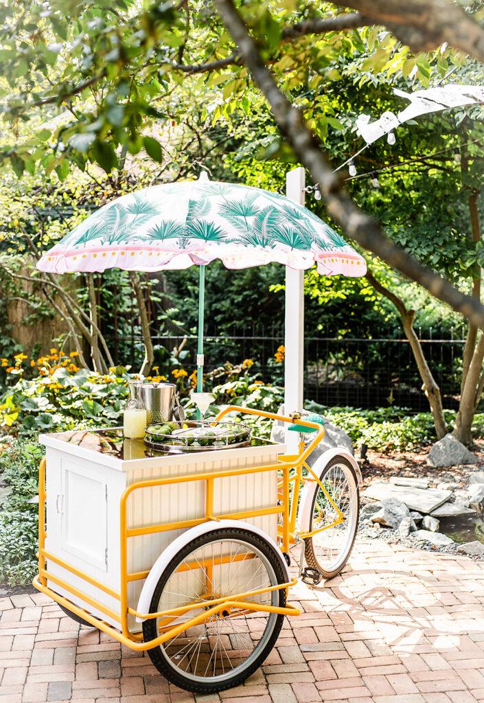 Lola, the Trike Bar