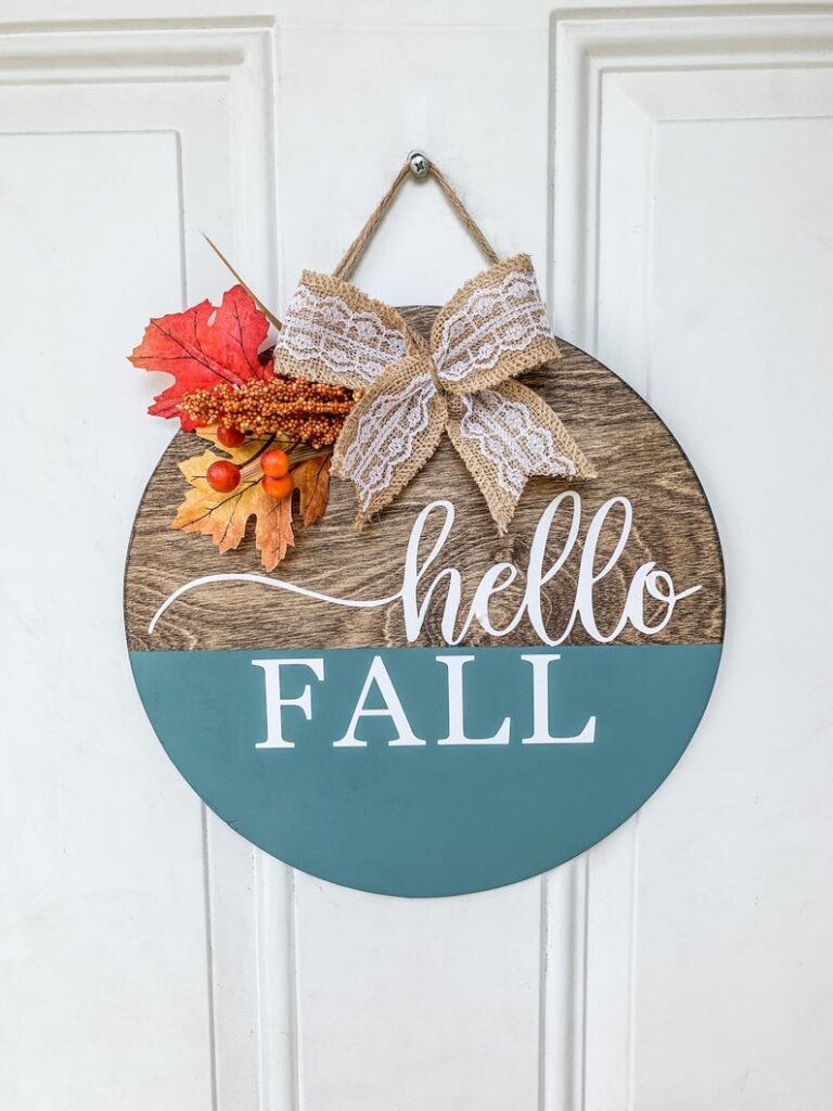 Hello Fall Round Sign