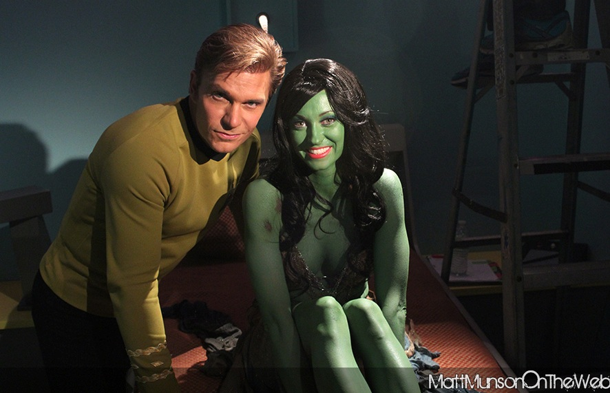 Vic Mignogna as Captain Kirk and Fiona Vroom as Lolani in STC, Ep2, Lolani