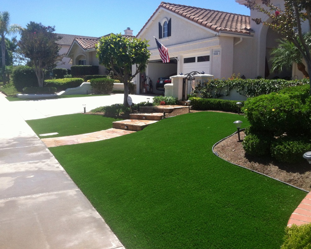 Residential Turf Front Yard Area