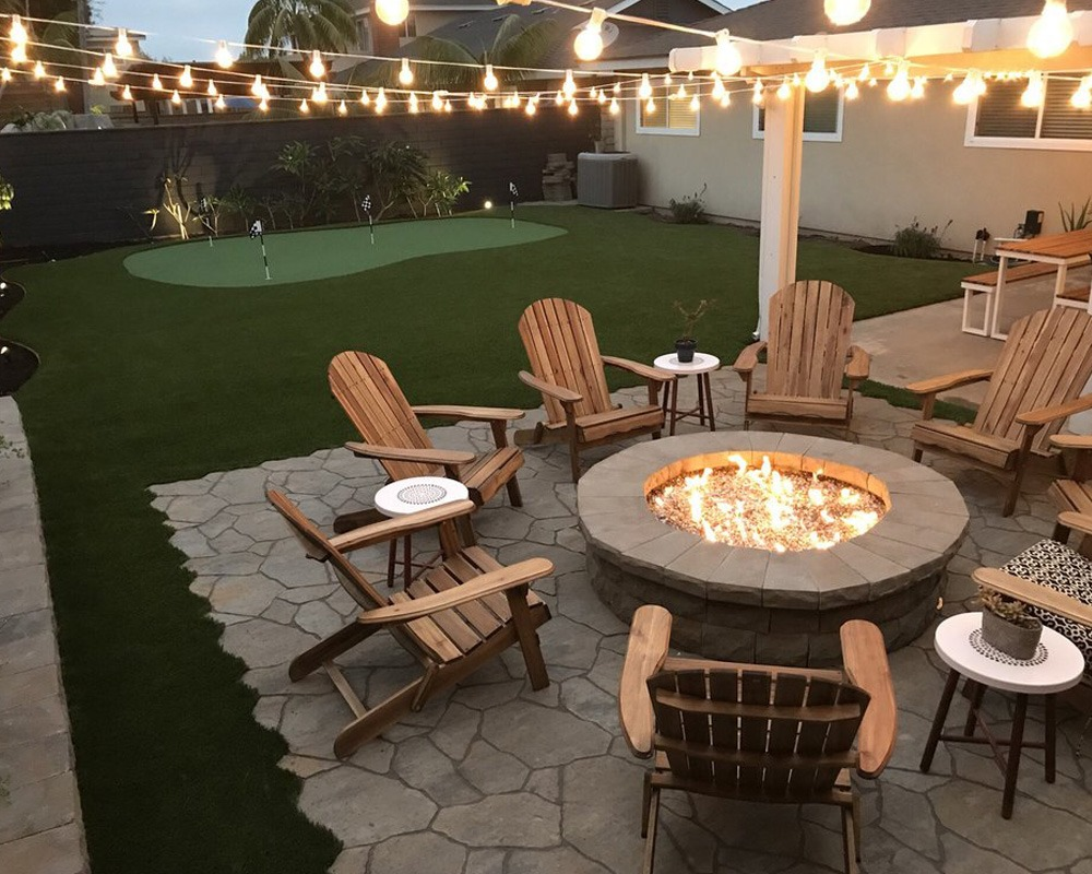 Residential Turf Backyard Fire Pit Area