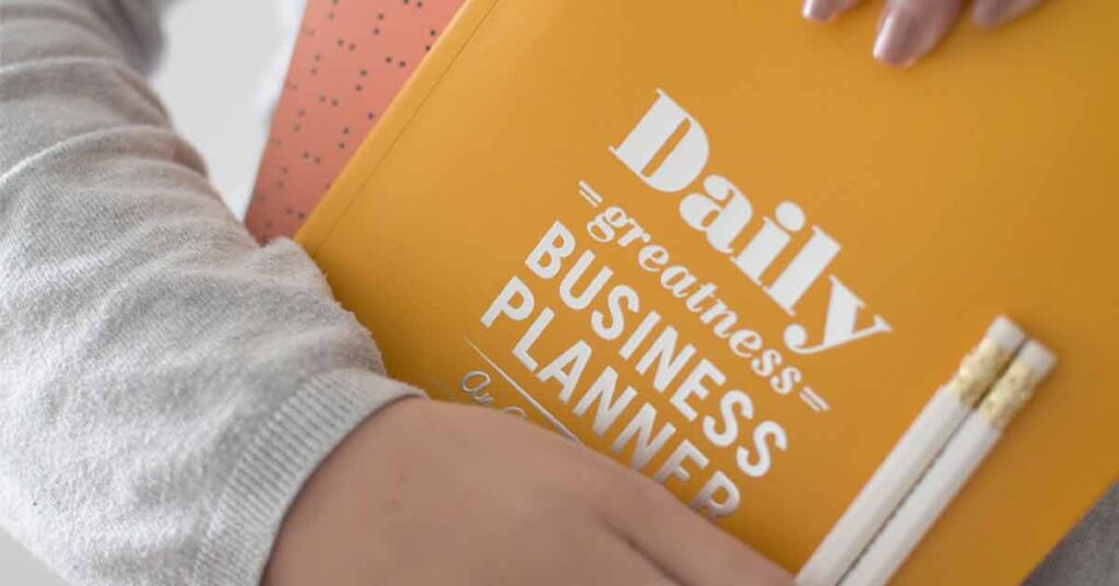 7 Ways To Keep Yourself Organized As A Mompreneur