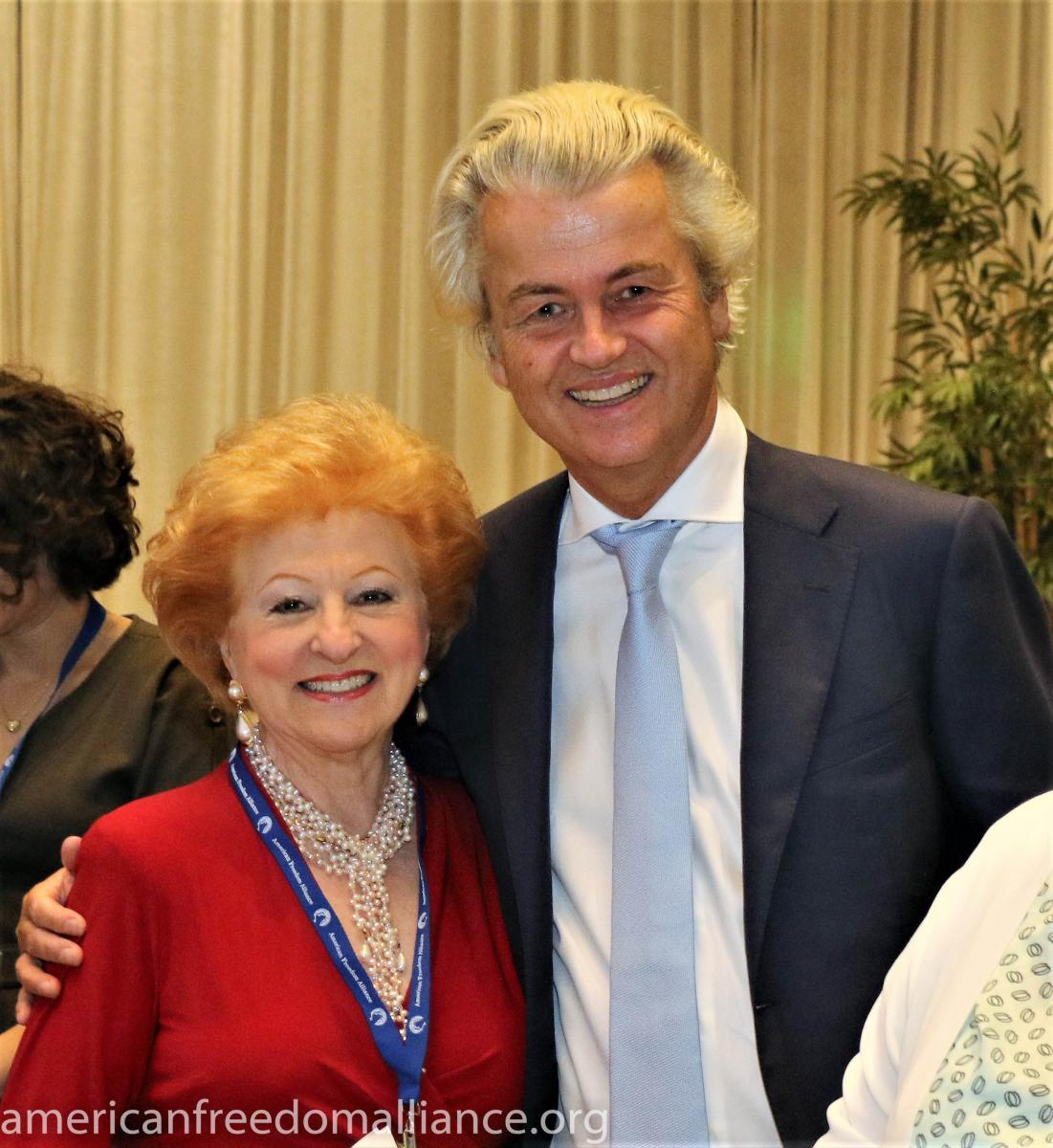 suzanne_reyto_with_mr._wilders